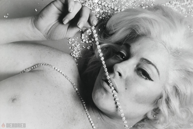 artistic photos of nude women